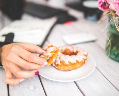 food-woman-hand-girl-large
